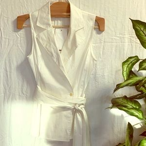 Chic white button tank top blouse with waist tie